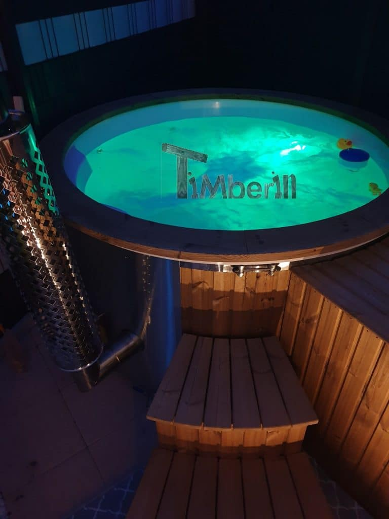 Vasca Idromassaggio Wellness Royal Modello In Fibra Di Vetro Con Riscaldamento Integrato