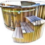 hot tub in cedro rosso canadese RED CEDAR